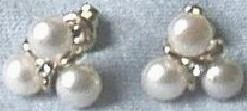 Shamrock Style Pearl Earrings